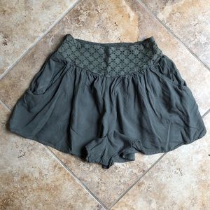 American Eagle Outfitters Shorts - American eagle green shorts